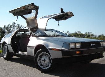 82 DELOREAN